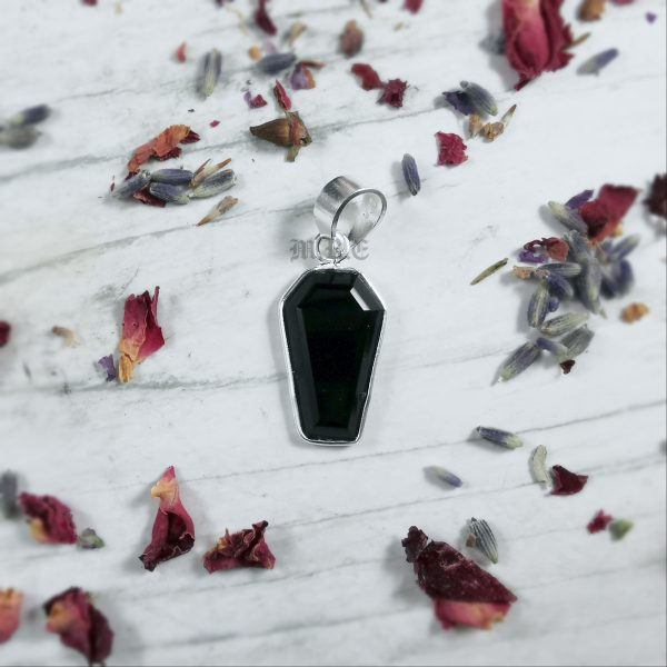 onyx coffin pendant
